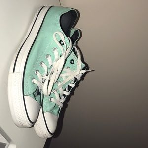 Converse size 9 women's shoes, mint w/pink!